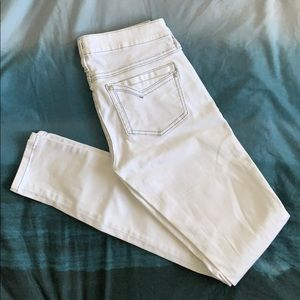 GUESS Low-rise White Skinny Jeans